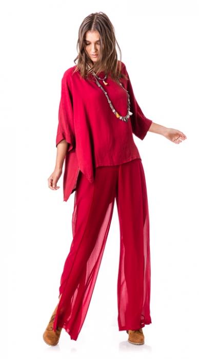 חולצת באט אדומה